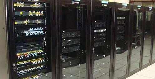 香港独立服务器租用几点必知要素